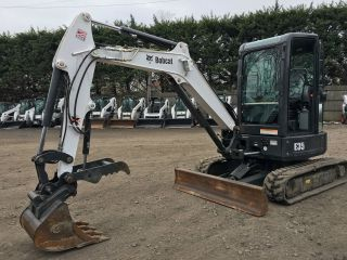 2014 Bobcat E35 Mini Excavator photo