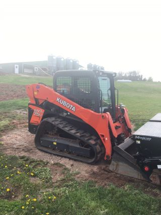 Kubota Svl75 - 2 photo