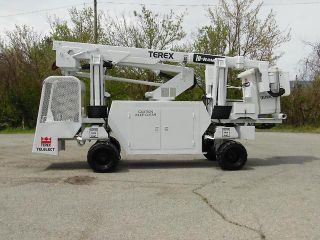 2004 Terex Telelect Hi - Ranger Backyard Boom/bucket On Rubber Tired Carrier photo