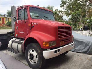 1997 International 8100 - Truck Tractors/ Car Hauler photo
