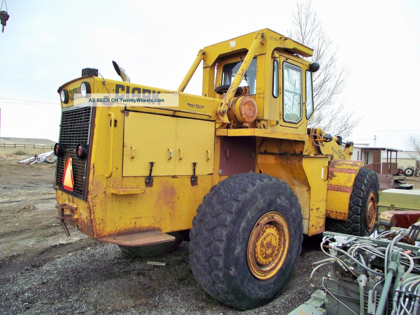 Michigan 125 Rubber Tired Loader Wheel Loaders photo