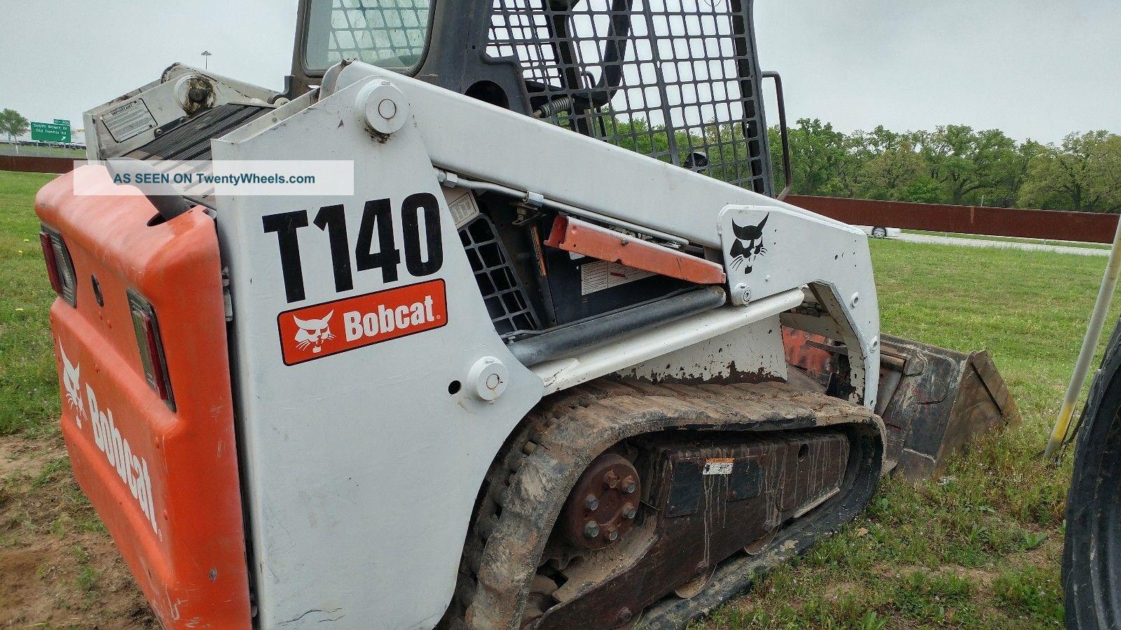 2008 Bobcat T140 Multi Terrain Loader Crawler Dozers & Loaders photo