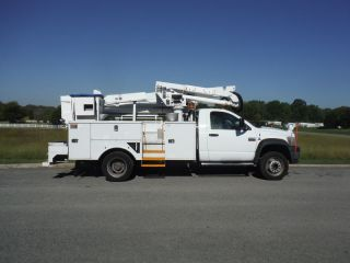 2010 Dodge 5500 Articulated & Telescopic photo