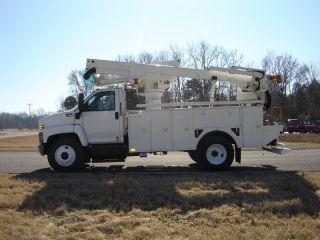 2007 Gmc C7500 Material Handling photo