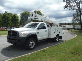 2008 Dodge 5500 Articulated & Telescopic photo