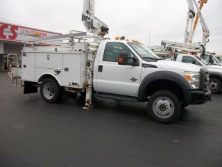 2011 Ford F550 4x4 Bucket Truck Articulated & Telescopic photo