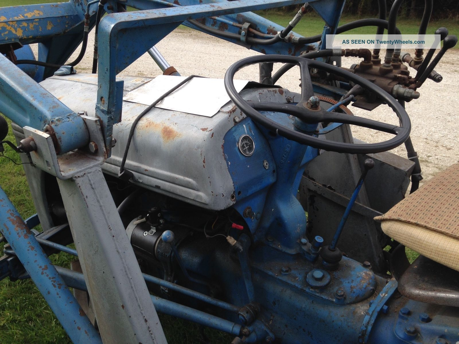 Ford 6n Tractor : N ford tractor w loader live hydraulics