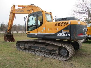 2012 Hyundai 210lc - 9 Hyd Excavator photo