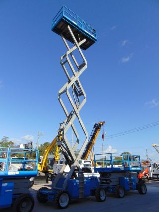 2007 Genie Gs - 4390 Rough Terrain Scissor Lift - 1,  500 Lb Capacity - Diesel 4x4 photo
