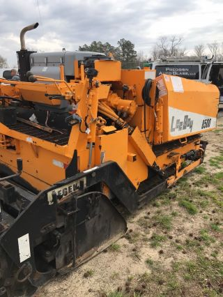 2005 Leeboy 8500 Asphalt Paving Machine photo