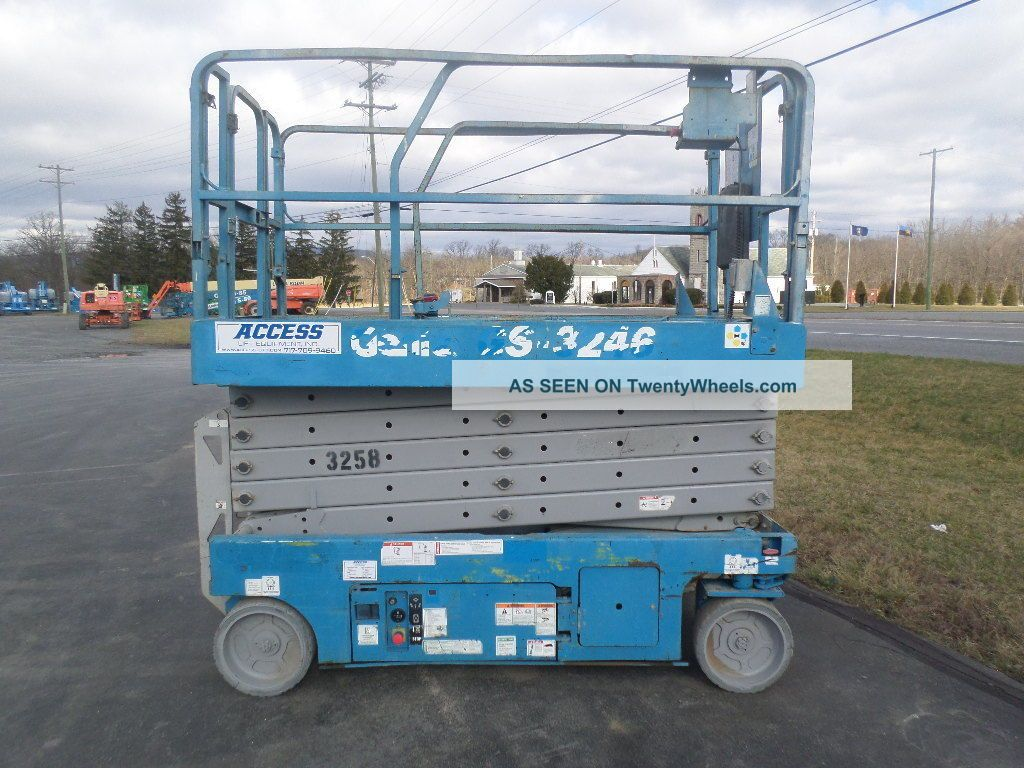 2008 Genie Gs3246 32 ' Electric Slab Scissor Lift Manlift 32ft Platform Lift See more 2008 Genie Gs-3246 Aerial Scissor Man Lift Wor... photo