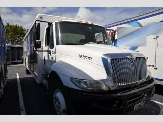 2007 International 4300 Food & Beverage Trucks photo