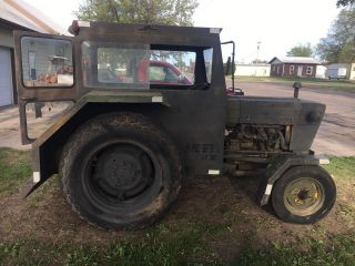 1975 Ford 2000 Tractor Air Force Tug photo