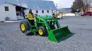 2006 John Deere 2520 Compact Tractor Ag Utility 26hp 4x4 W/ Loader & Belly Mower photo