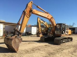 2000 Case 9030b Crawler Excavator; photo