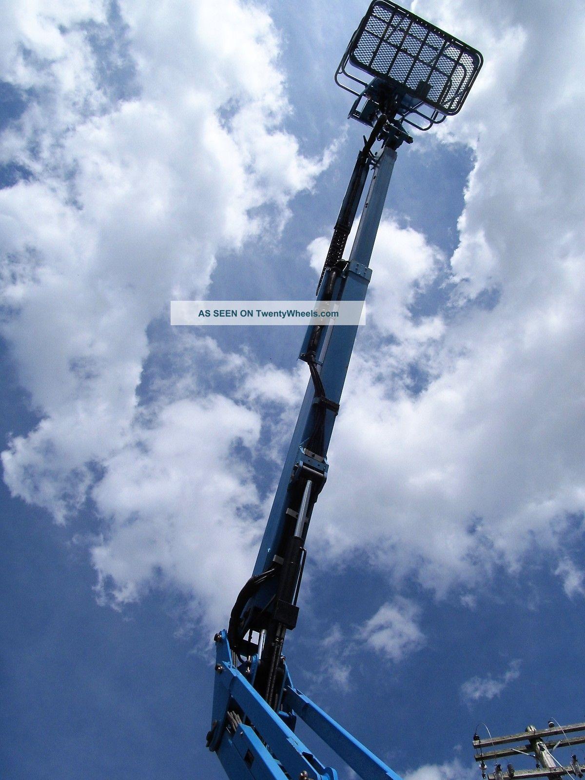 Battery Bucket Lift : Genie z n manlift boom lift battery