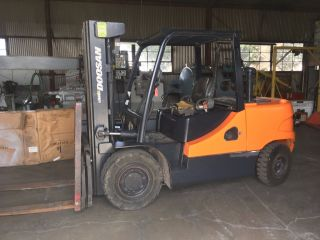2013 Doosan D45s - 5 Forklifts 9,  800lb Capacity Diesel photo