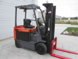 Toyota 7fbcu32 Electric Forklift Recond Battery Paint 6100 Lb Capacity photo