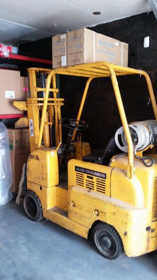 Forklift Allis - Chalmers Bright Yellow Propane Runs Excellent Cond photo