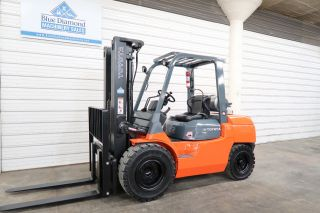 2013 Toyota Forklift,  7fgu35,  8,  000 Pneumatic,  Lp Gas,  Triple Mast,  Sideshift photo