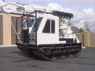 Bombardier Mcd (muskeg Carrier Diesel) Snowcat Cat Tracked Digger Derrick Crane photo