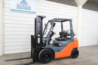 2013 Toyota 8fgu20 4,  000 Forklift,  Solid Pneumatics,  Triple Mast,  Sideshift photo