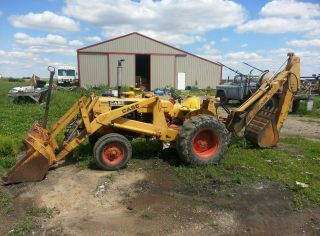 Case 580 Backhoe Loader photo