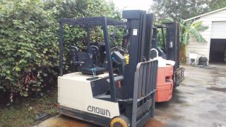 Electric Forklift Crown 3,  500lbs photo