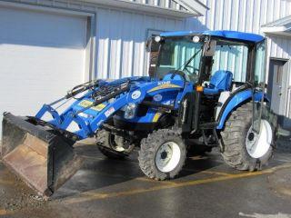 Holland Boomer Boomer 3040 4wd Tractor,  Cab,  Loader,  Cvt Transmission photo