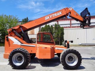 2011 Skytrak 8042 42ft Telescopic Forklift - Enclosed Cab - 8000lb Capacity photo