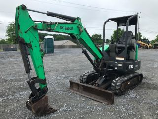 2011 Bobcat E32 Mini Excavator photo