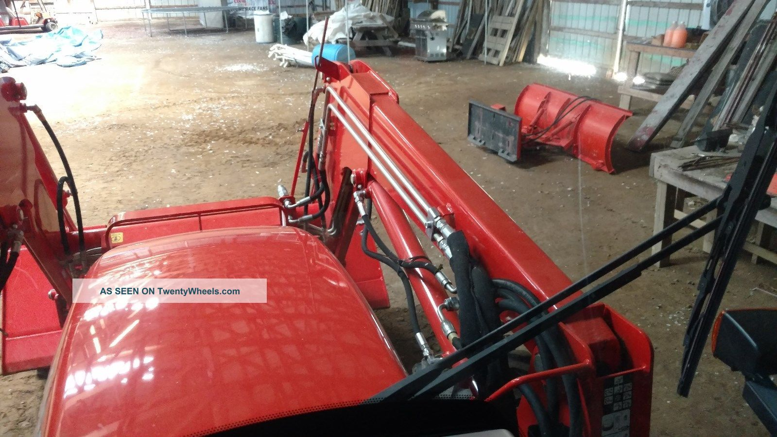 2016 Kubota Tractor M70/60hdc12 Cab, Xm Radio, Am/fm, Ac/heat