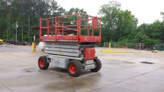 Scissor Lift photo