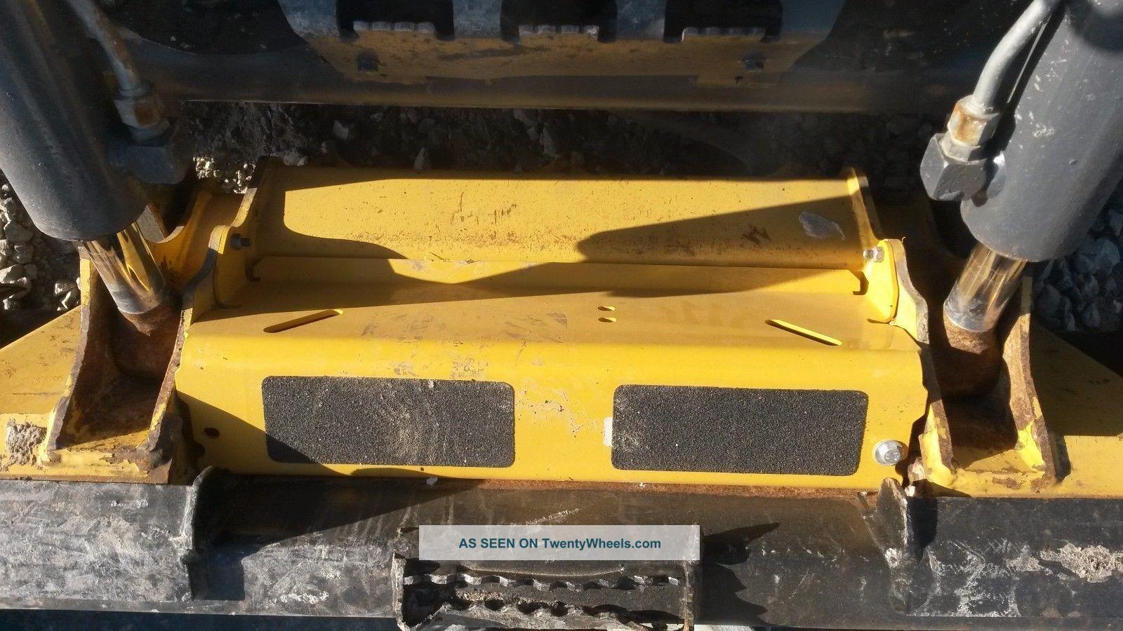 2015 Deere 323e Track Skid Steer,  1230 Hrs,  Cab/heat,  2 Speed,  Availabl Skid Steer Loaders photo
