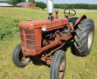 Ih Mccormick Farmall W - 4 Standard Tractor. photo