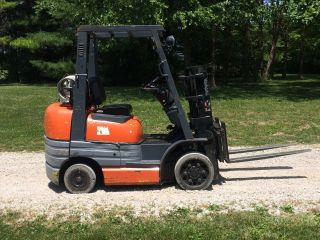 Toyota Forklift 5100 Lb 80 Inch Truckers Mast photo