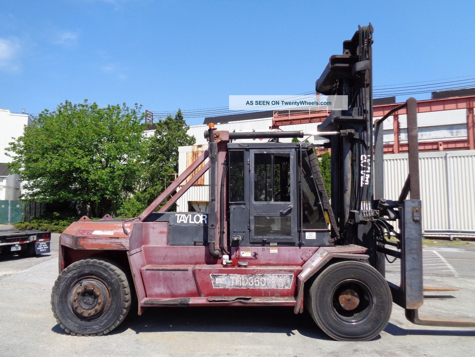 Taylor Thd360l 36,  000ln Forklift - Enclosed Cab - Side Shift - Fork Positioners Forklifts photo