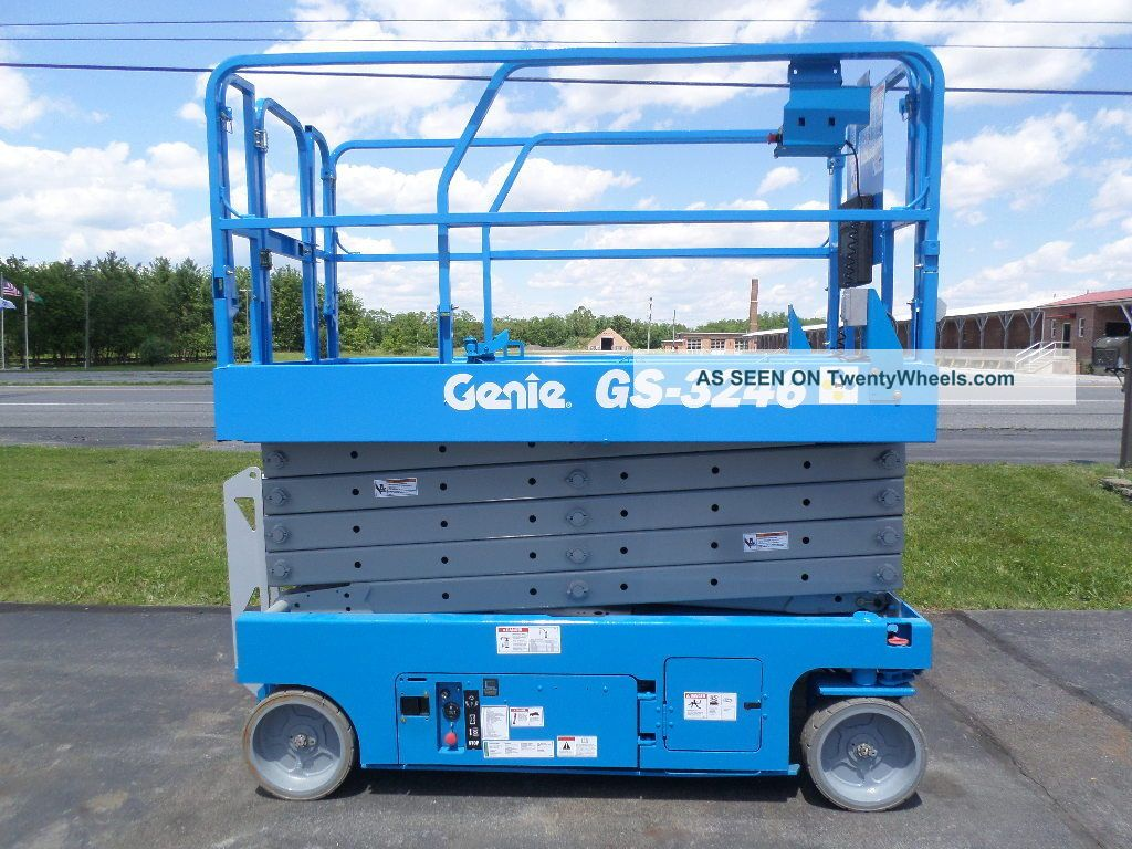 2008 Genie Gs3246 32 ' Electric Slab Scissor Lift Manlift 32ft Platform Lift See more 2003 Genie GS3246 Electric Slab Scissor Man Li... photo