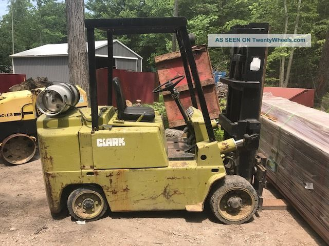 Clark C500 - 80 Forklift Forklifts photo