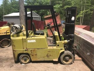 Clark C500 - 80 Forklift photo