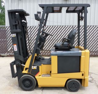 Caterpillar Model E3500 (2009) 3500lb Capacity Great 4 Wheel Electric Forklift photo