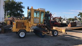 2011 Lay Mor Sweepmaster 8c - Sweeper Broom photo