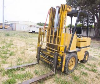 Caterpillar 4600 Lb Forklift - Model V50c (cat - 1981) - Outside Fork - - - 7396 Hours photo