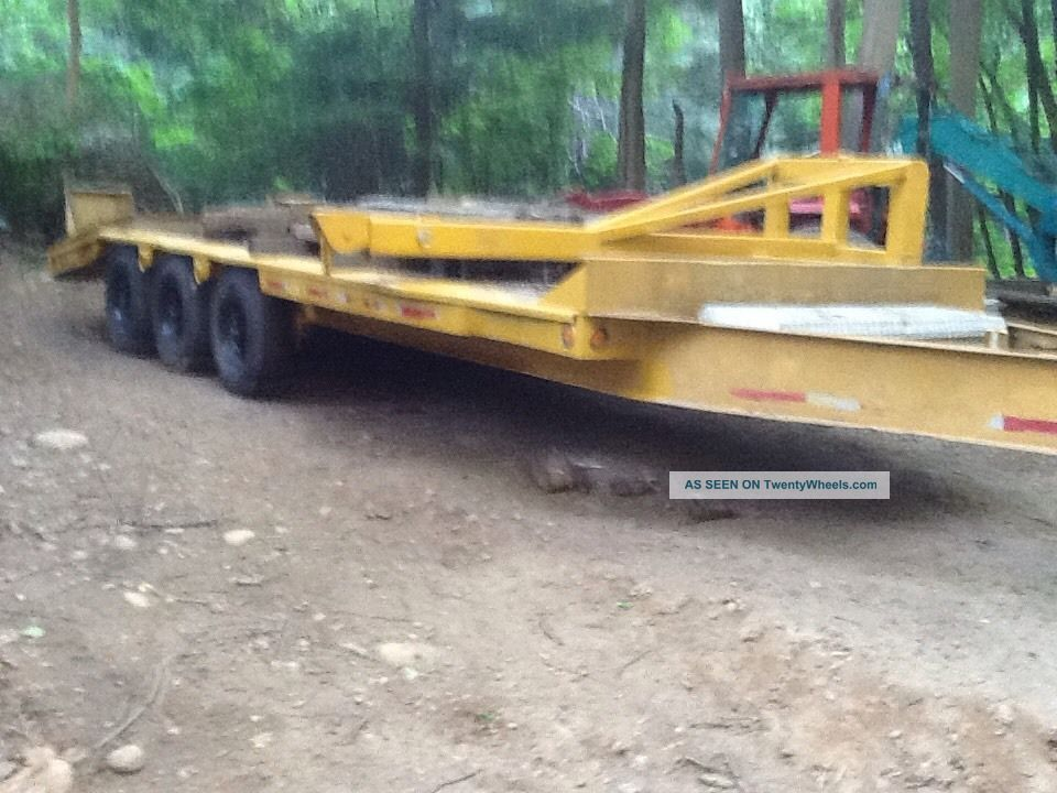 Heavy Equipment Trailer Gvw 21,  016 Lbs. Trailers photo