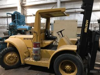 Hyster 18,  000 Lift Truck photo