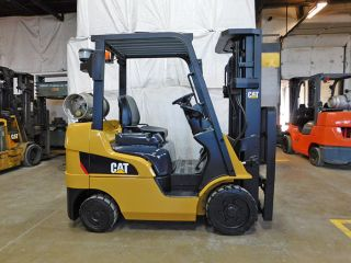 2013 Catcaterpillar 2c5000 5000lb Cushion Forklift Lpg Lift Truck Hi Lo 83/187 photo