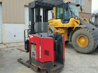 2008 Raymond Forklift Reach Truck 4000lb photo