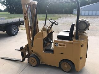 Caterpillar Tc30 Forklift 3000 Lb Capacity Propane Triple - Stage Mast photo