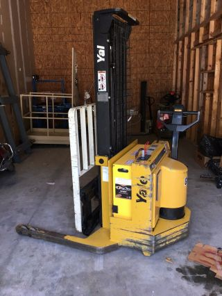 Yale Walkie Stacker 2800lbs Electric Forklift,  Side - Shift,  Only 1,  336hours photo