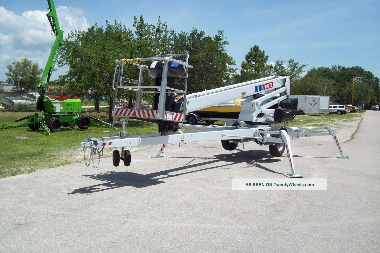 69 ' Towable Self Propelled Boom Lift,  Hydraulic Controls,  38 ' Outreach Scissor & Boom Lifts photo